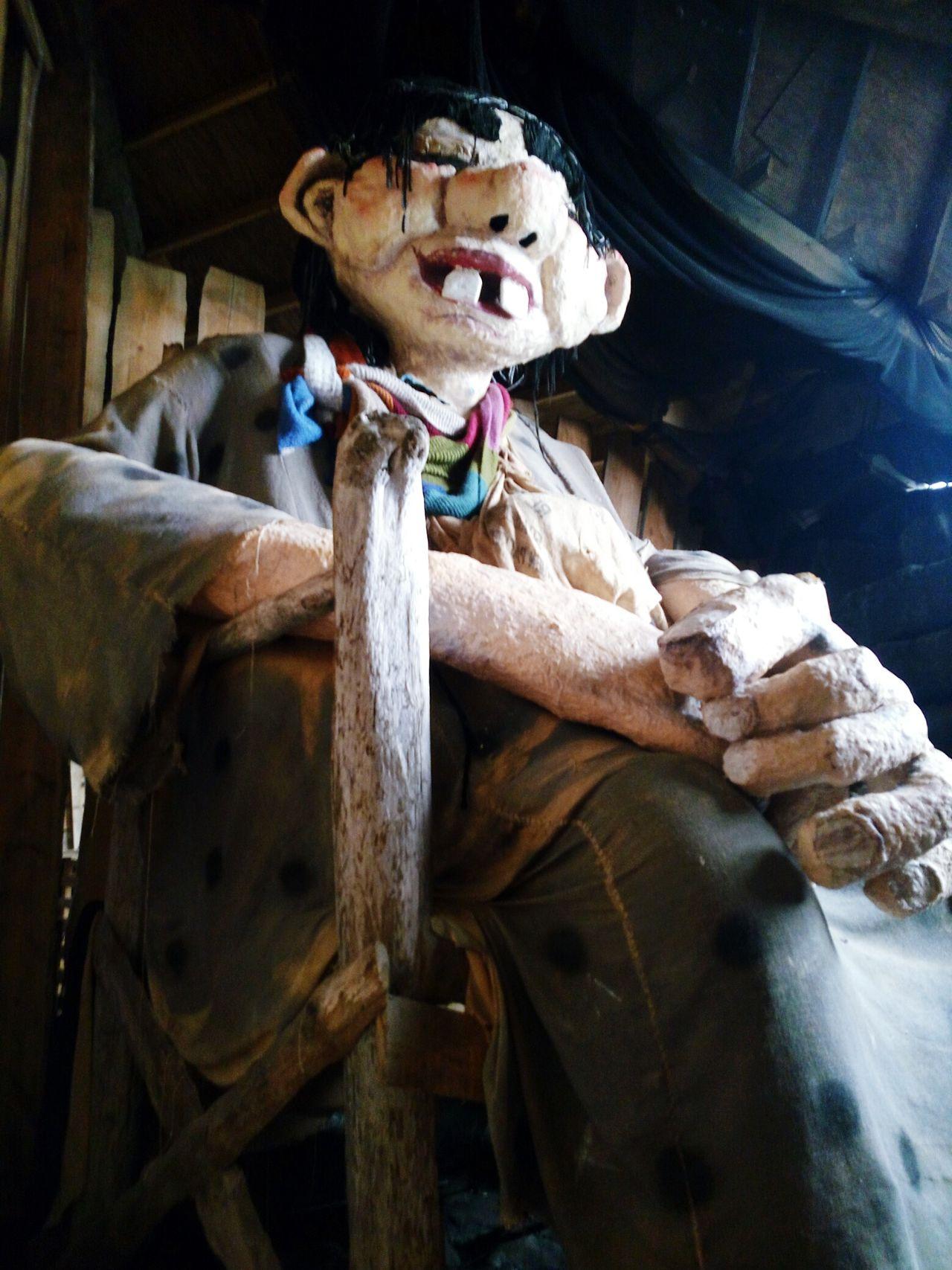 Person Géant Sculpture Giant Islande Fantastic Exhibition Indoors  Decor Icelandtrip Iceland_collection