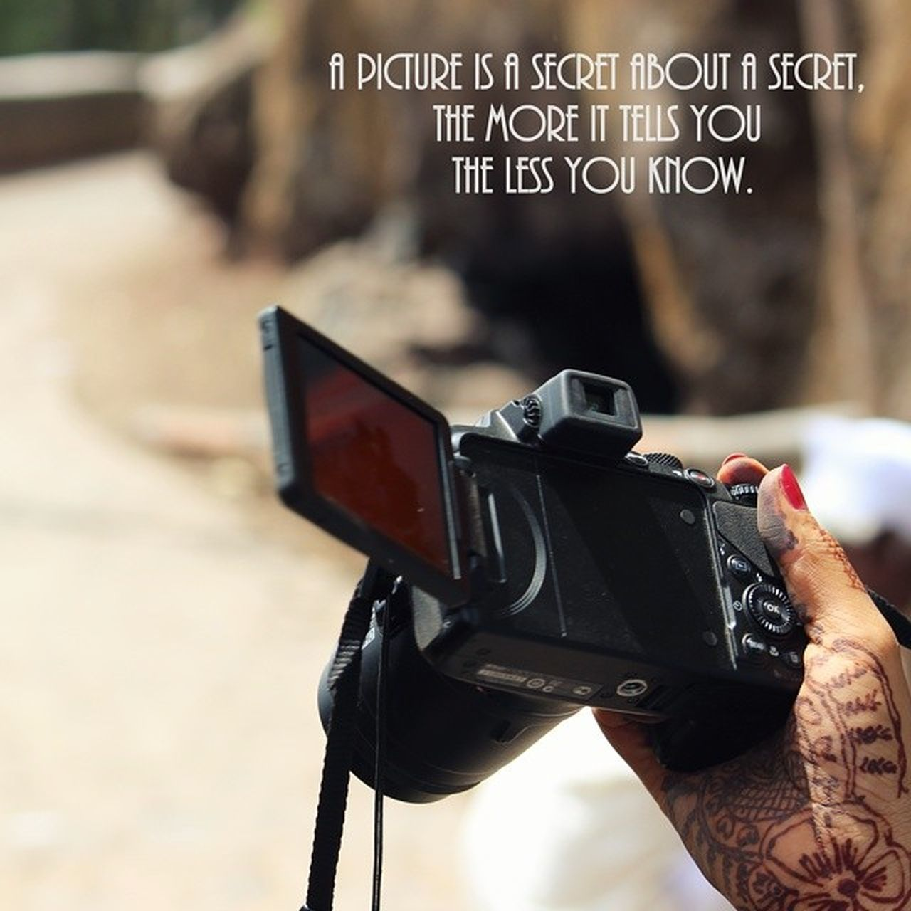 text, communication, focus on foreground, one person, real people, human hand, holding, close-up, day, outdoors, human body part, technology, people