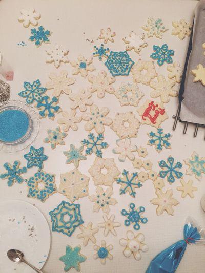 Holiday Desserts Shortbread Decorating Hardwork