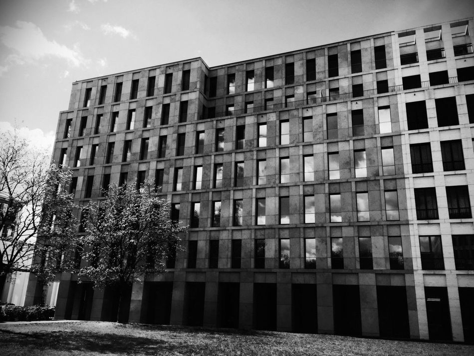 Welcome To Black Berlin Berliner Ansichten Streetphotography Architecture Outdoors Built Structure Building Exterior Low Angle View Sky Noir Exploring Atmospheric Mood Blackandwhite