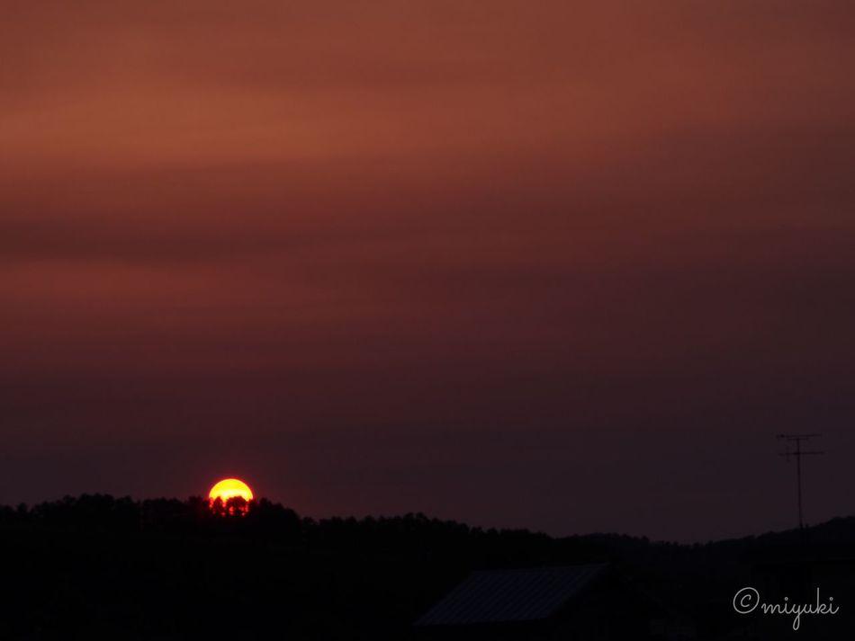 ここ数日、夕陽が大きくて綺麗…。 Dusk Sunset EyeEm Best Shots
