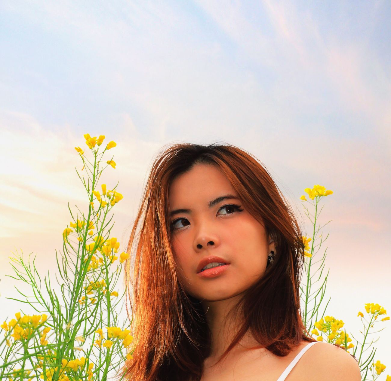 Aspiring - young aspiring Asian model VivianLee Aspiring Model Beauty In Nature Happy Pose Modeling Portrait Photography Portrait Of A Woman Outdoor Photography Taking Photos Beauty Flowers Portrait And Nature Beautiful