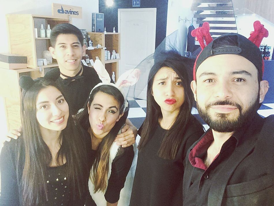 This is how we work.. gonna miss them Working Hard Selfie Togetherness Friendship Fashion Beauty Chic Attitude Stylish Lifestyles Fashionjob