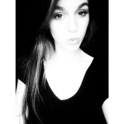 Girl Polishgirl Selfie Picoftheday Instadaily Happy Love Me Cute Instalike Loveit Instalove Beauty Day Loveyou Goodnight