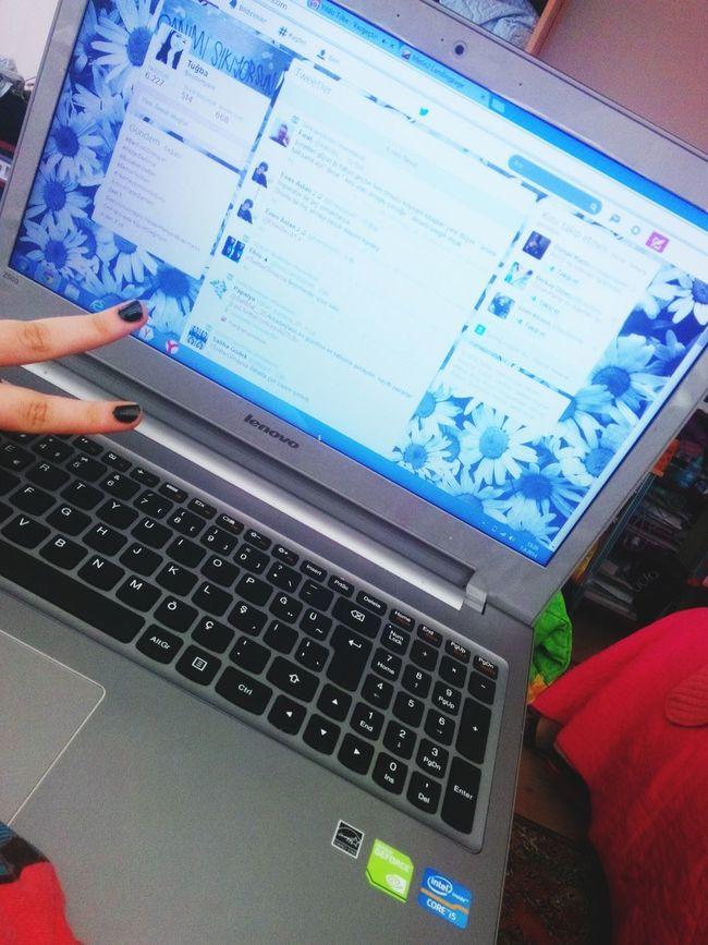 twitter: aydontyane Follow Follow Me Follow4follow FollowMeOnTwitter