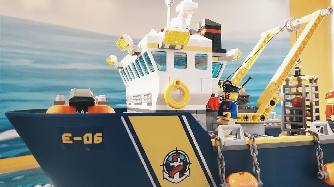 Lego Toy LEGO Lego Minifigures Lego Boat Lego Toys Toys Lego Figure Showcase March