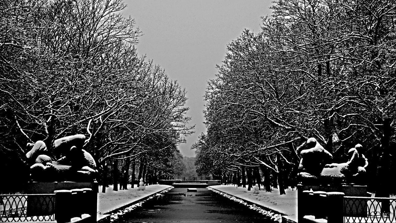 Snow ❄ Snow Kanal Cologne , Köln,  Water Blackandwhite Photography The Great Outdoors - 2016 EyeEm Awards