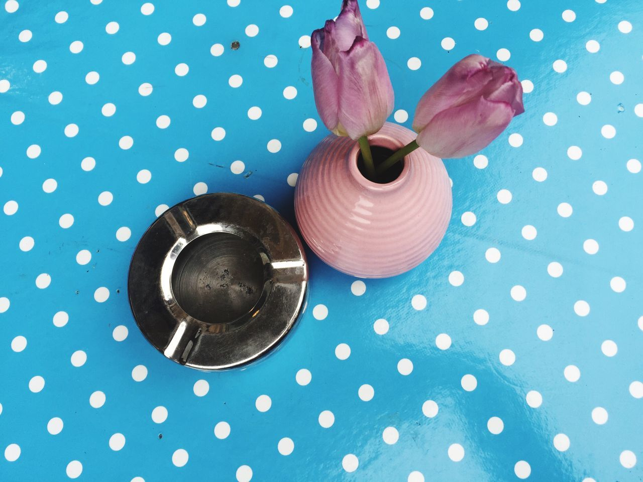 Polka Dot Pink Color Spotted No People Close-up Table Indoors  Freshness Morning Blue Cigarette  Ashtray  Cafe