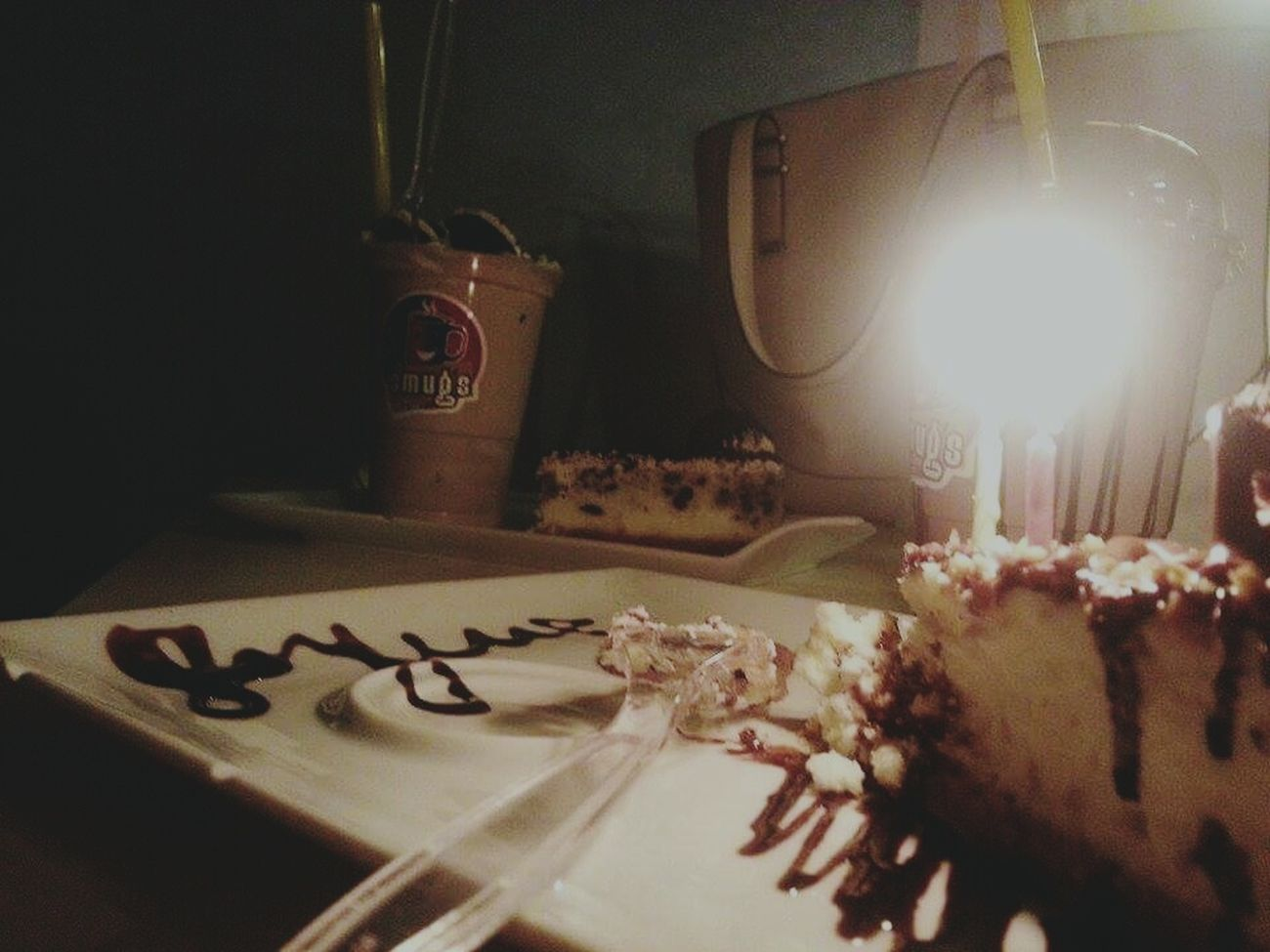 happy birthday to me.. Out mith my girl~ Coffee Time Coffee Shop Cheese Cake Cheesecake♥ Cheesecakefactory Milkshake♥ Milkshake Candles Candle HappyBirthday