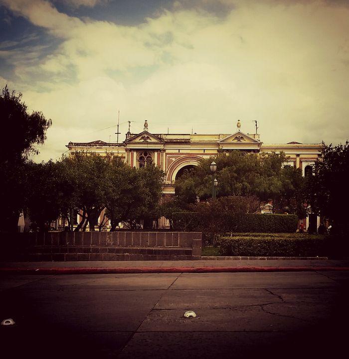 El bello edificio de Pasaje Enriquez, Quetzaltenango First Eyeem Photo Hi! Taking Photos