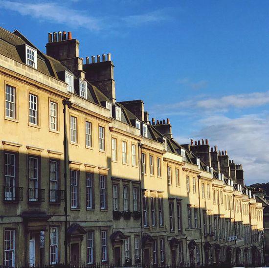#BathCity #Beautiful #RoyalCrescent #ArchitectureLovers #Wanderlust