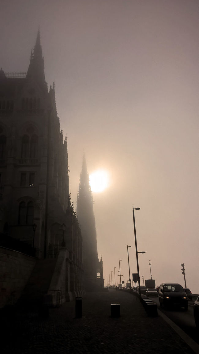 Architecture Beauty In Nature Budapest, Hungary City Fog Foggy Day No People Parlament Budapest Budapeste Hungary Hungria Gold Sunlight