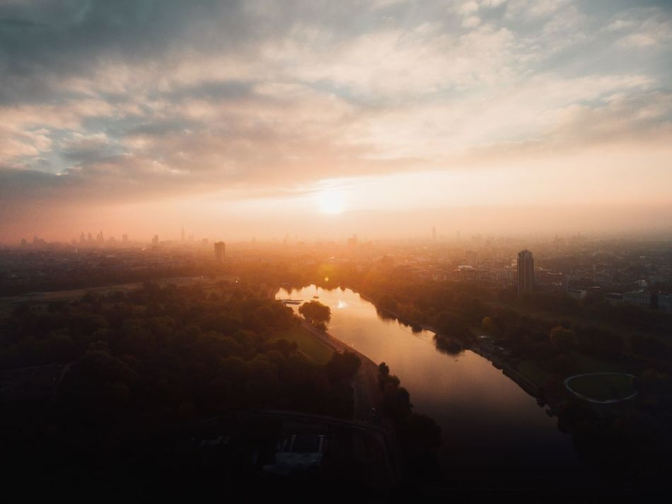 London Lifestyle | so lucky to call this city my home - Dronephotography Dji Aerial Photography London EyeEm Best Shots Sunset Sunset_collection Fine Art Photography Landscape_Collection
