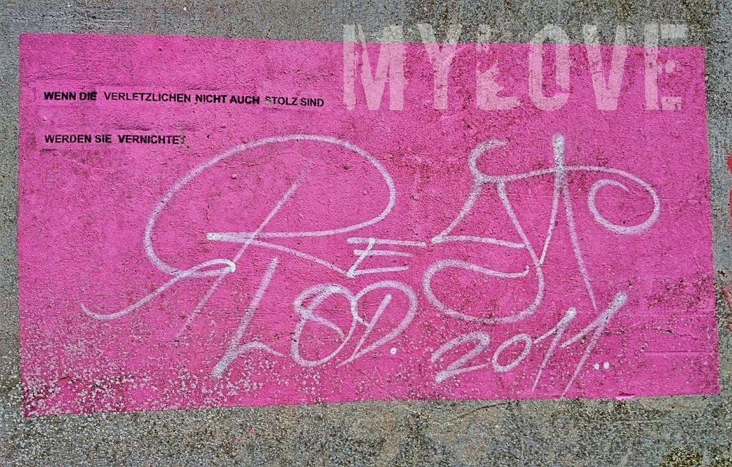 Grafity Pink Alt Gebaeude