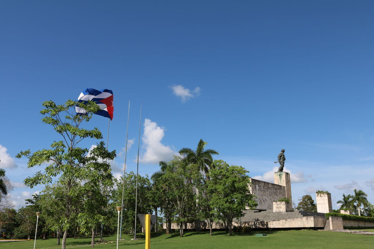 Cuba, Santa Clara, Che Architecture Blue Che Che Guevara Cuba Day Flag Monuments No People Outdoors Santa Clara Sky Travel Destinations Tree Neighborhood Map