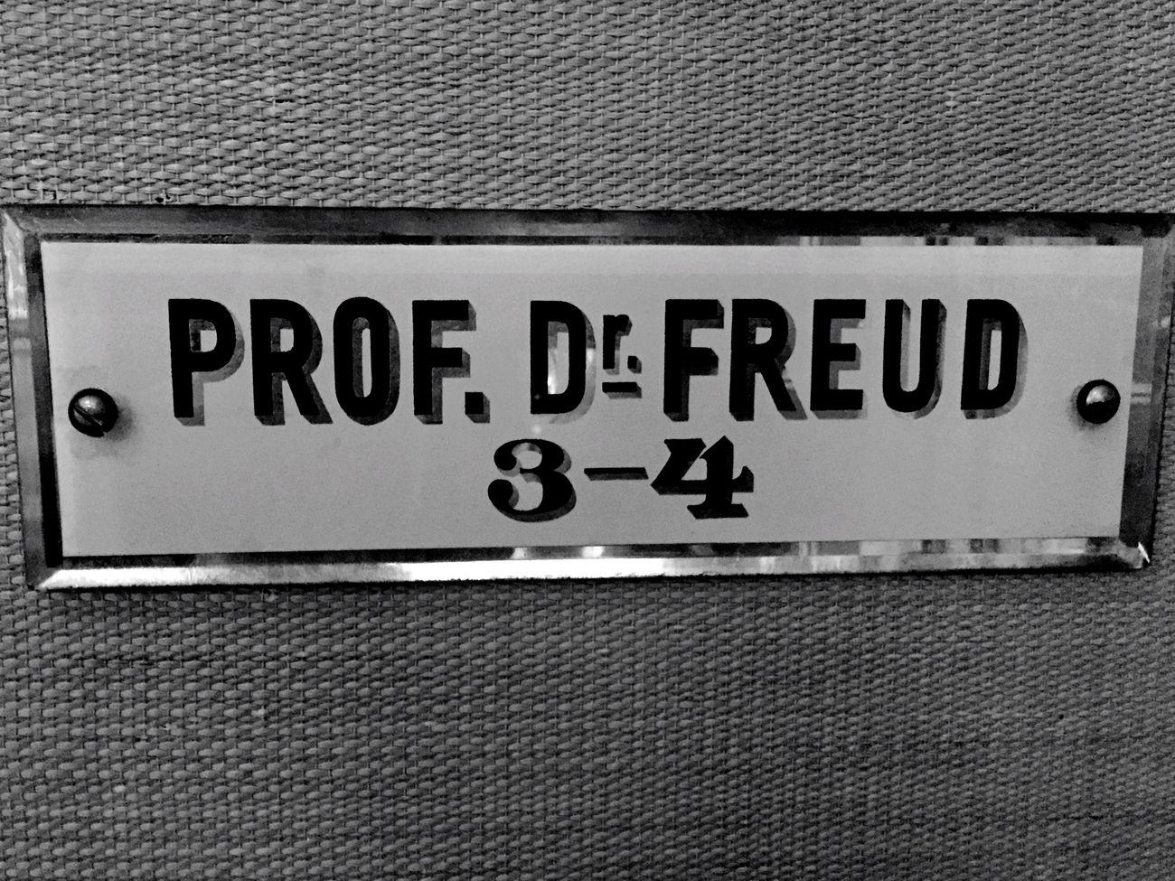 Vienna Freud Door Sign