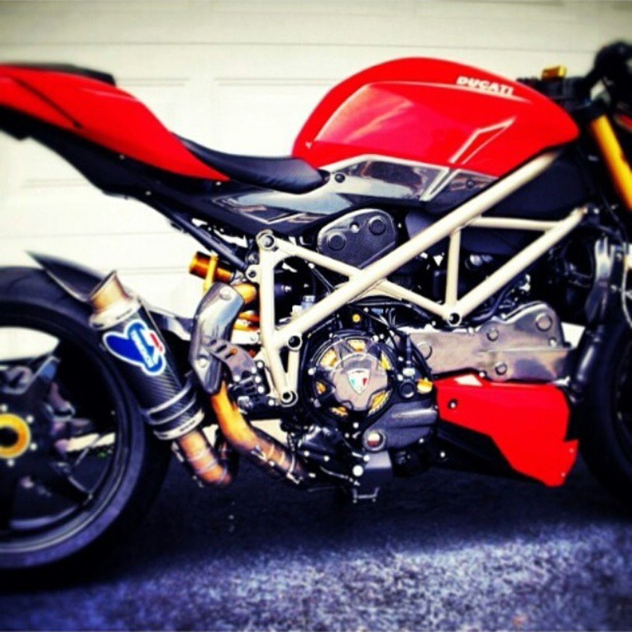 Ducati Ducatistreetfighter Ducatisti Ducatista Ltwin Dryclutch Termignoni Brembo  Ohlins