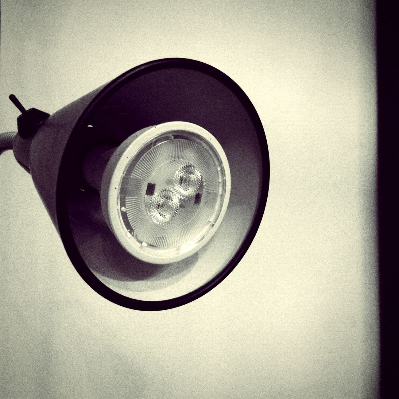 Just wanted to take a picture and share it with you. :) Lamp Minimalism Life 1 filter Smart Simplicity Throw A Curve Monochrome Square Squarepic Blackandwhite Black & White Black And White