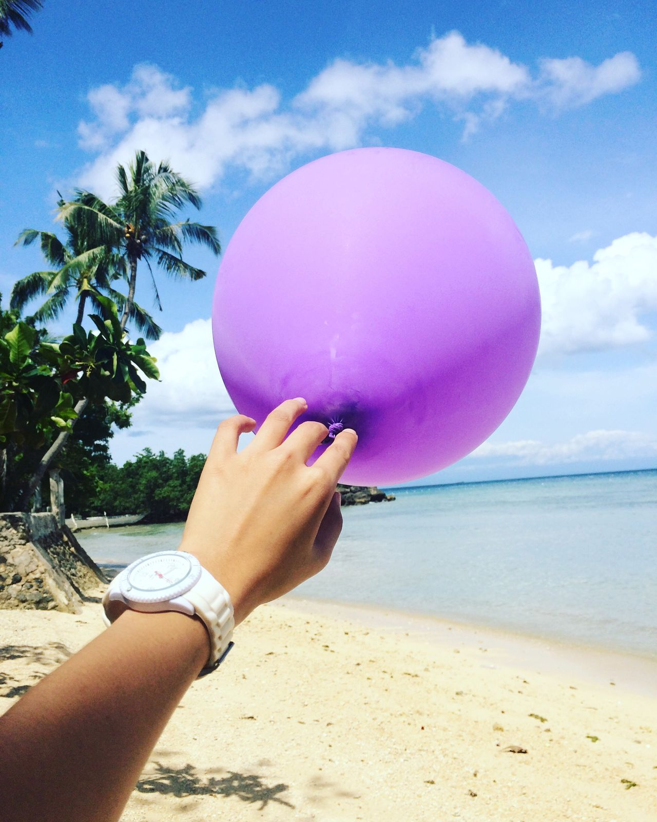 It's never easy to let go of things that means so much. First Eyeem Photo Purple Balloon Beachphotography Letting Go Fresh On Market May 2016 Fresh On Market 2016