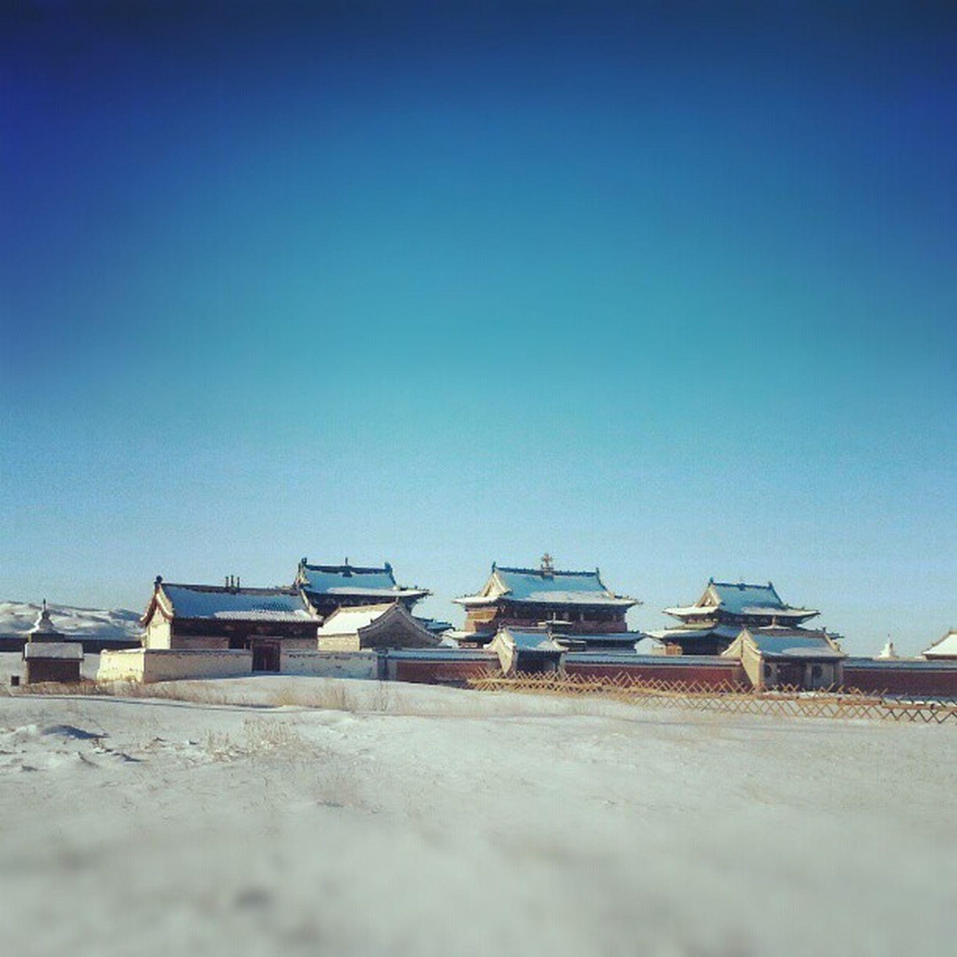 Хархорин эрдэнэзуу хийд Mongolia Uvurhangai Country Harhorin ancient city kharkorum sanctuary museum winter snow bluesky