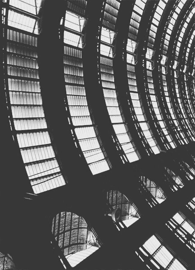Pattern Architecture Indoors  Low Angle View Built Structure No People Milano Milan Milano Italy Central Rail Way Station Perspective Personal Perspective