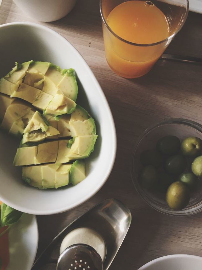 Avocado Healthy Eating Food And Drink Freshness Food Bowl Table Plate Indoors  Serving Size Meal Ready-to-eat Drink No People Appetizer Drinking Glass Breakfast Close-up Day