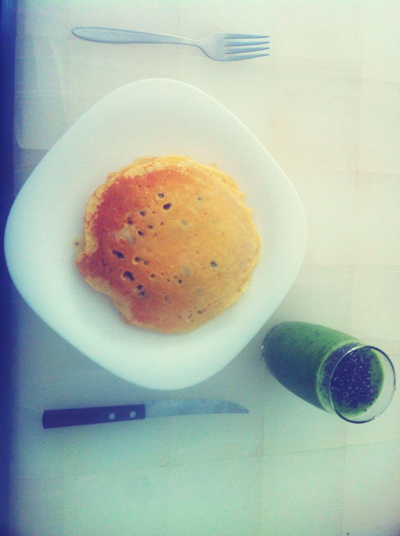 Yummy Pancakes Foodporn Food Green Juice Blueberries Breakfast