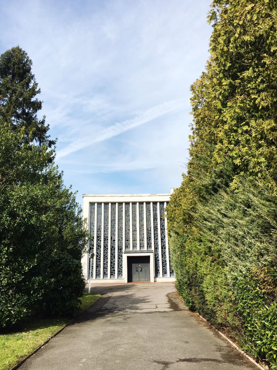 tree, architecture, built structure, day, sky, building exterior, history, outdoors, no people