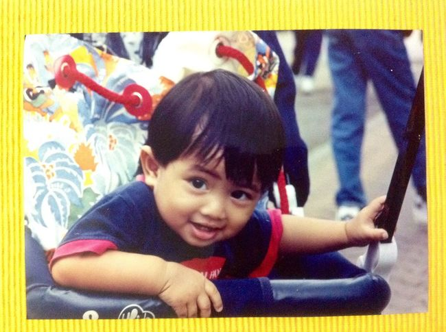 Felt like yesterday😭 The Purist (no Edit, No Filter) EyeEm Malaysia Children Memories Hello World Color Portrait Self Portrait