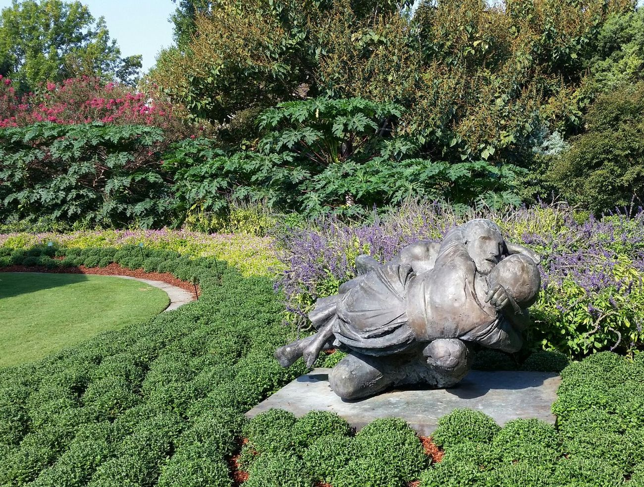 Arboretum Botanical Garden Dallas Arboretum And Botanical Garden 2 Garden Lovers Outdoors Sculpture Shrubs