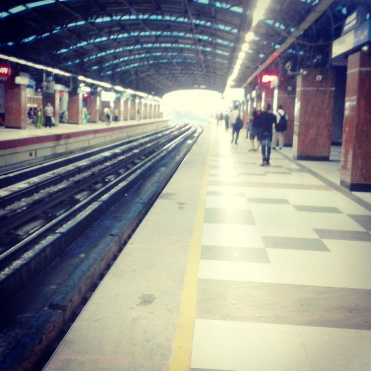 Kolkata Metro Platform Garia Busy City Metro_City Travel Instaday Pic4Follow .