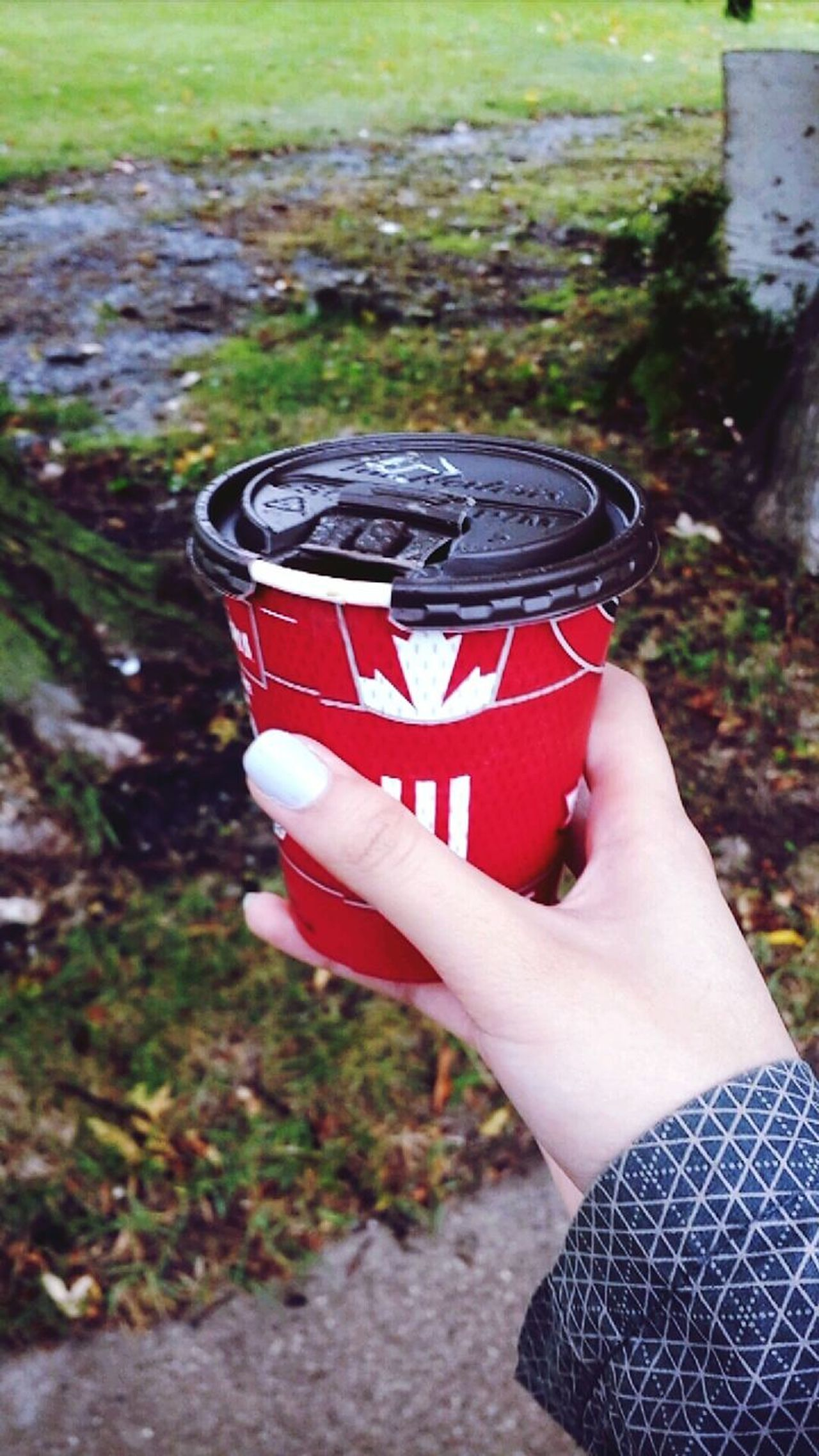 Human Hand Human Body Part Holding One Person One Woman Only People Food And Drink Only Women Freshness Day Close-up Outdoors Women Nail Polish Ready-to-eat Timhortons Canada Embrace Urban Life Enjoy The New Normal Always Be Cozy