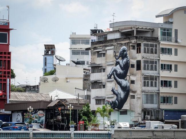 Art And Craft Chao Phraya Elephant Graffiti Graffiti Art Riverview Streetart Streetart/graffiti