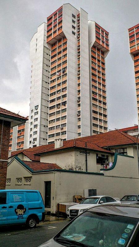 Singapore- Rowell Road SonyEricssonST18i