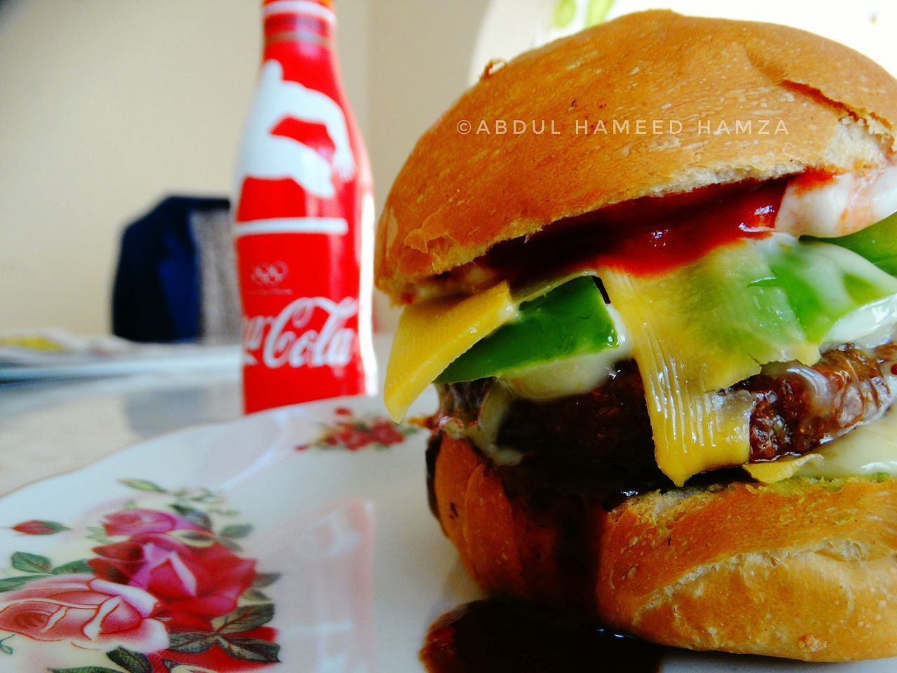 Lunch anyone? Food Food And Drink Close-up Ready-to-eat Foodiegram Foodies Foodie Food Photography BurgerCape Town Macro Photography Clarity Burgerlove Burgerlover Cocacola Coke Bottle Coca-Cola ❤ Coca Cola ✌ Coca Cola South Africa South Africa Colourful Colorful Hungry BurgerLovers Burger Lover