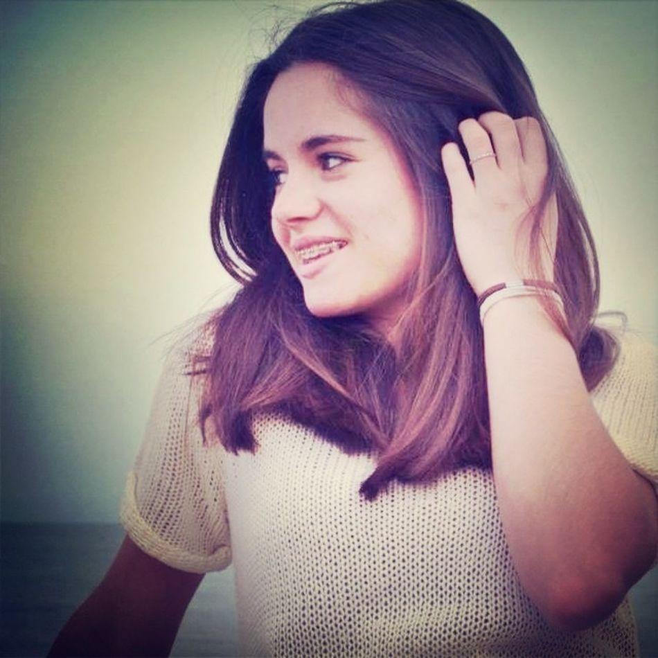 Sorridi Ragazza, Qualcuno Si Innamorerà Del Tuo Sorriso