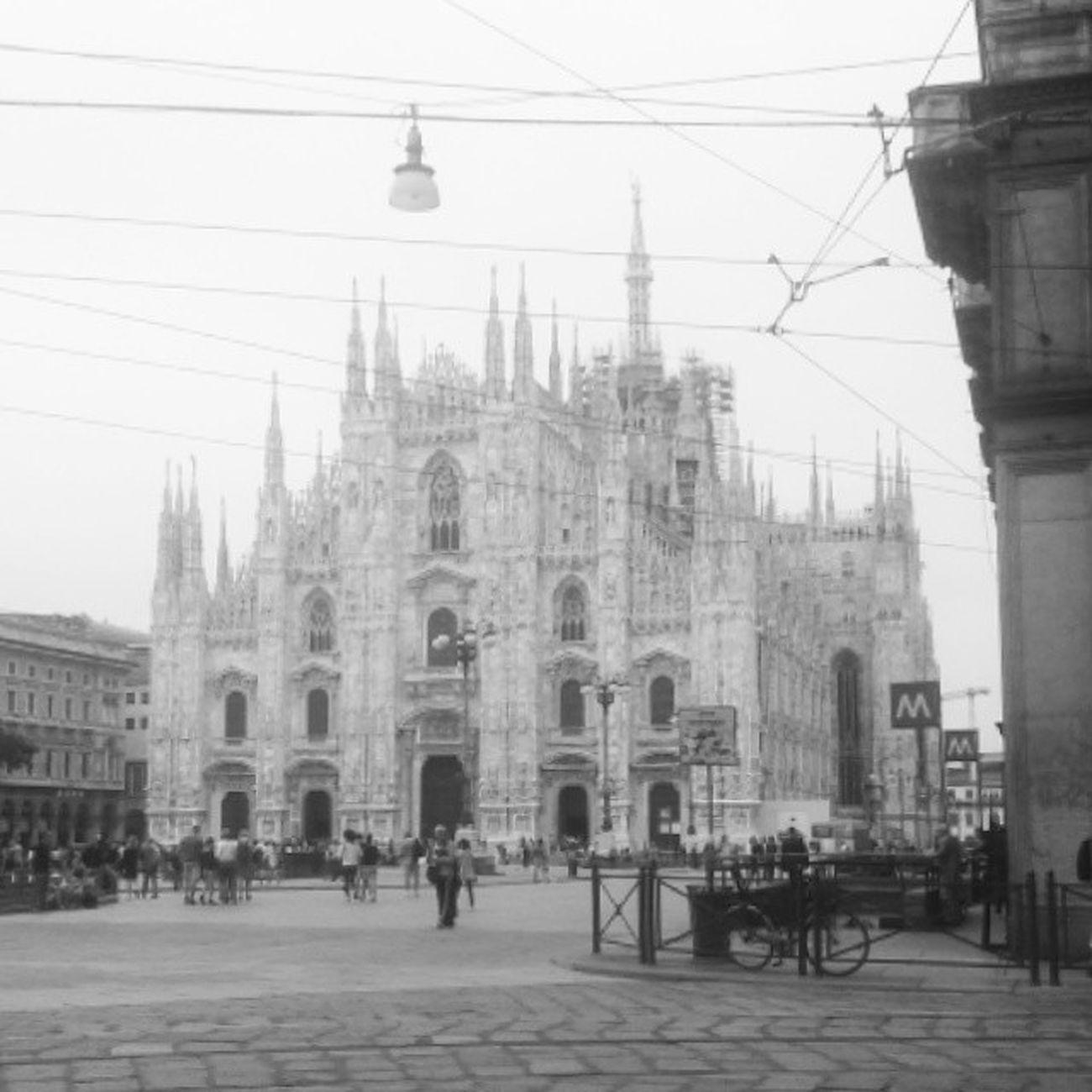 Milano Duomo Italy Meryontour