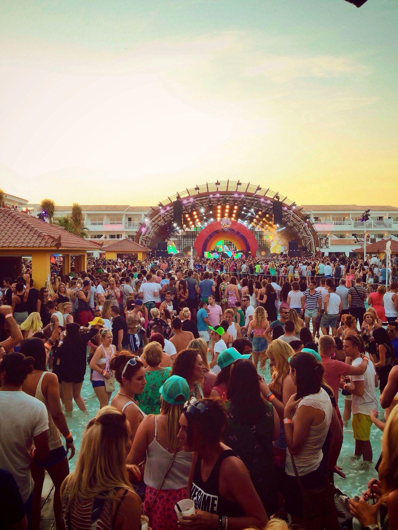 Where Do You Swarm? Ibiza Ushuaïa Sun