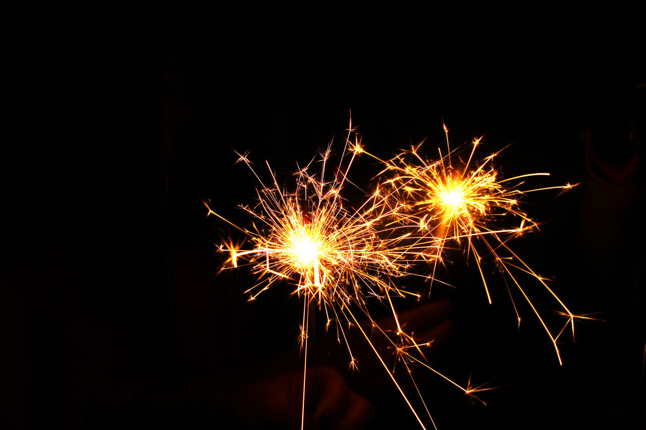 Beautiful stock photos of feuerwerk, Arts Culture And Entertainment, Blurred Motion, Celebration, Close-Up