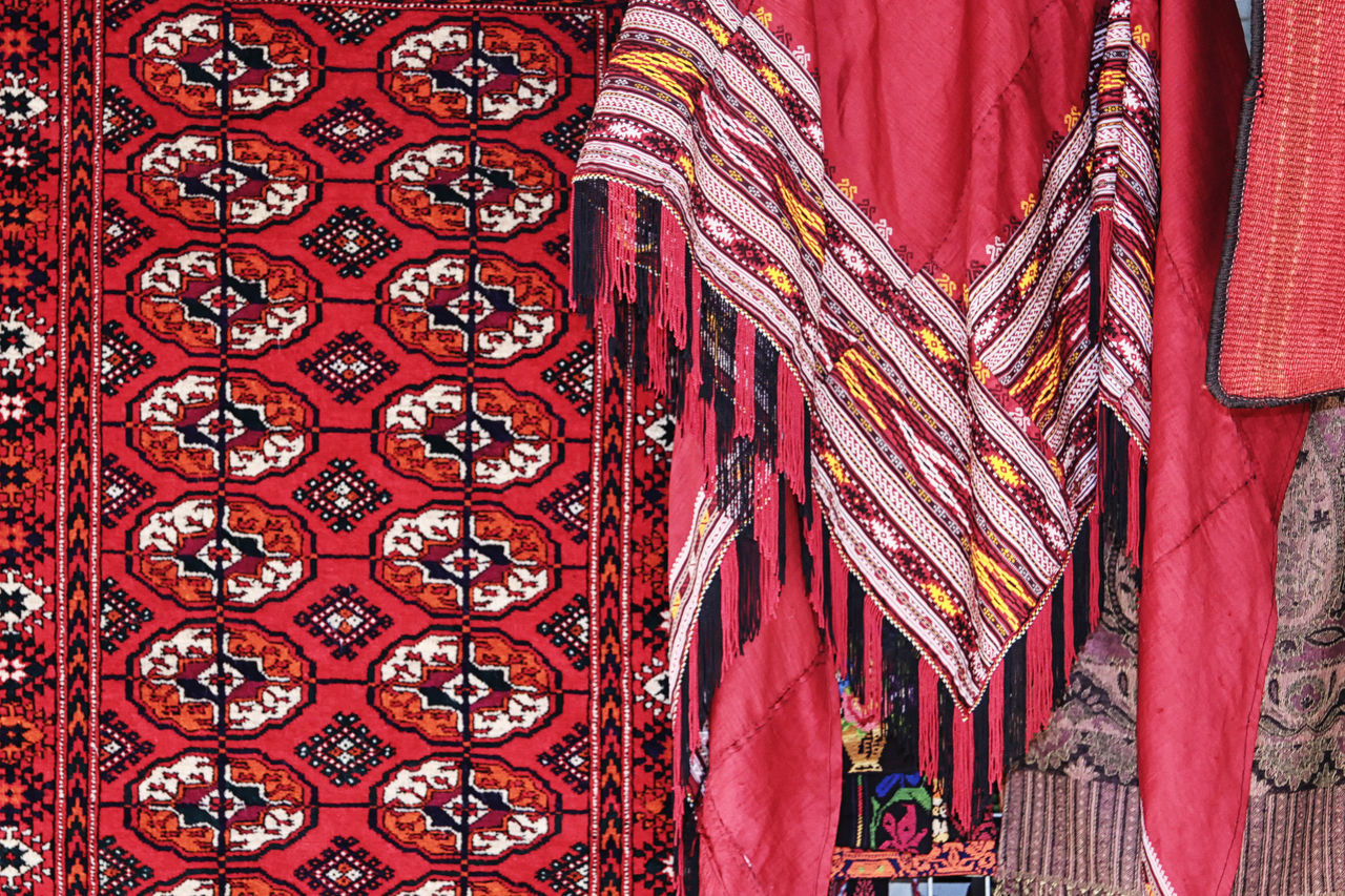 Carpet Shop Backgrounds Carpets CARPETS VENDOR Close-up Colorful, Color, Design, Culture Cultures Day Design Detail Fabric Focus On Foreground Geometric Shapes Jerusalem, Israel, Palestine, Middle East, Religious, Arab, Jew, Israeli, Palestinian No People Old City, Bazaar, Market Place, Shops, Shopping, Stores, Ornate Pattern Red Repetition Temple - Building Textile