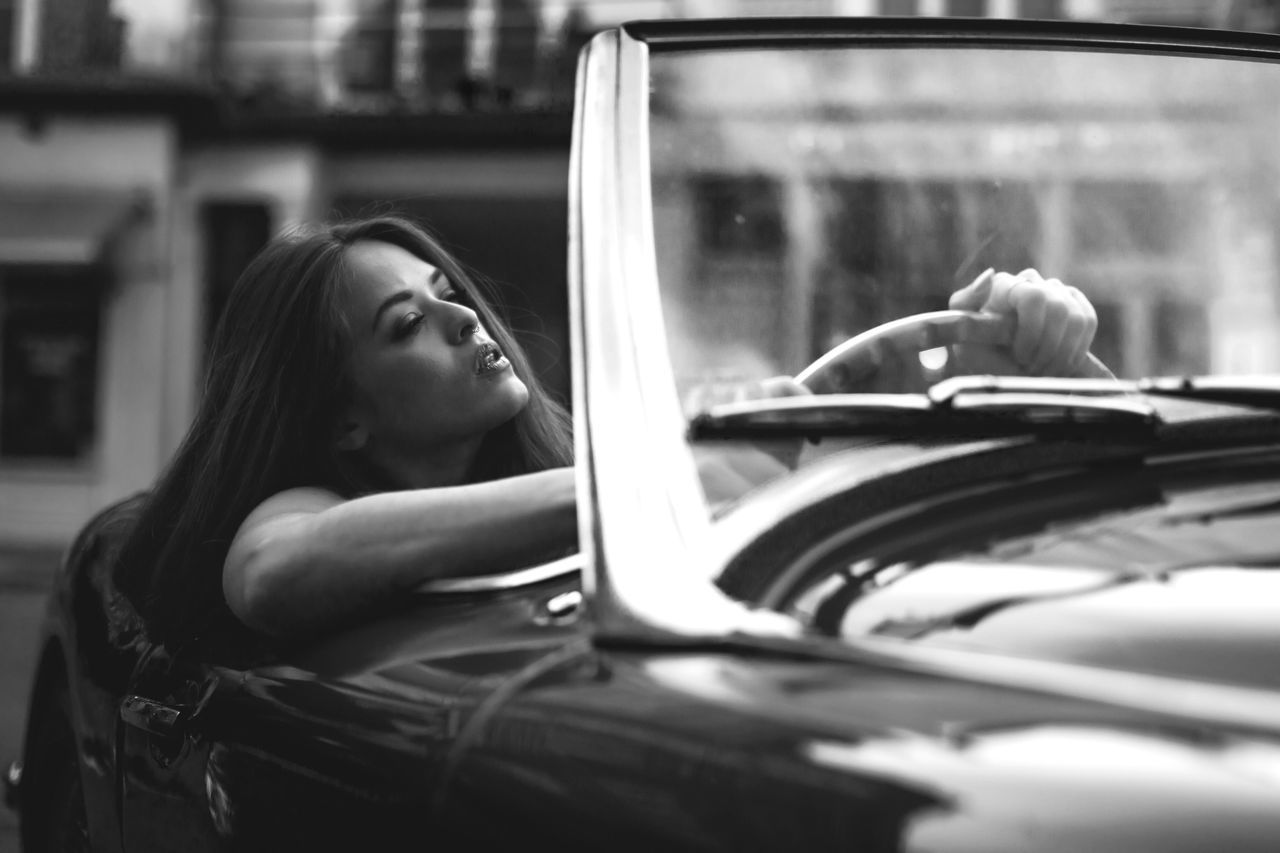 Car One Person Real People Land Vehicle Mode Of Transport Transportation Young Adult Young Women Day Outdoors Lifestyles Women Close-up People The Portraitist - 2017 EyeEm Awards The Street Photographer - 2017 EyeEm Awards London