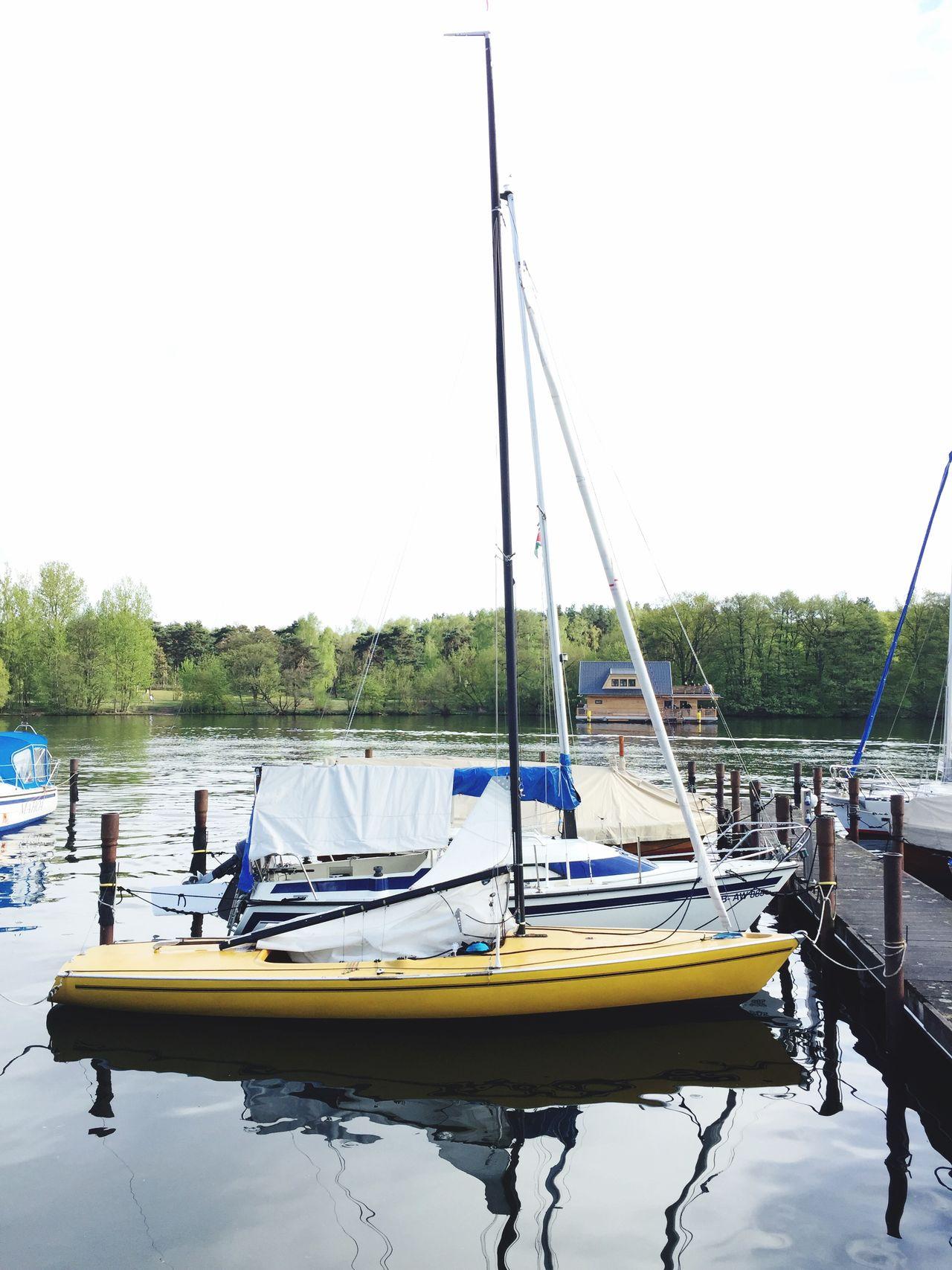 Banana Boat Gelbe Gefahr Die Ruhe Nach Dem Sturm Dyas Enjoy The Silence Zonen Gabis Erste Banane