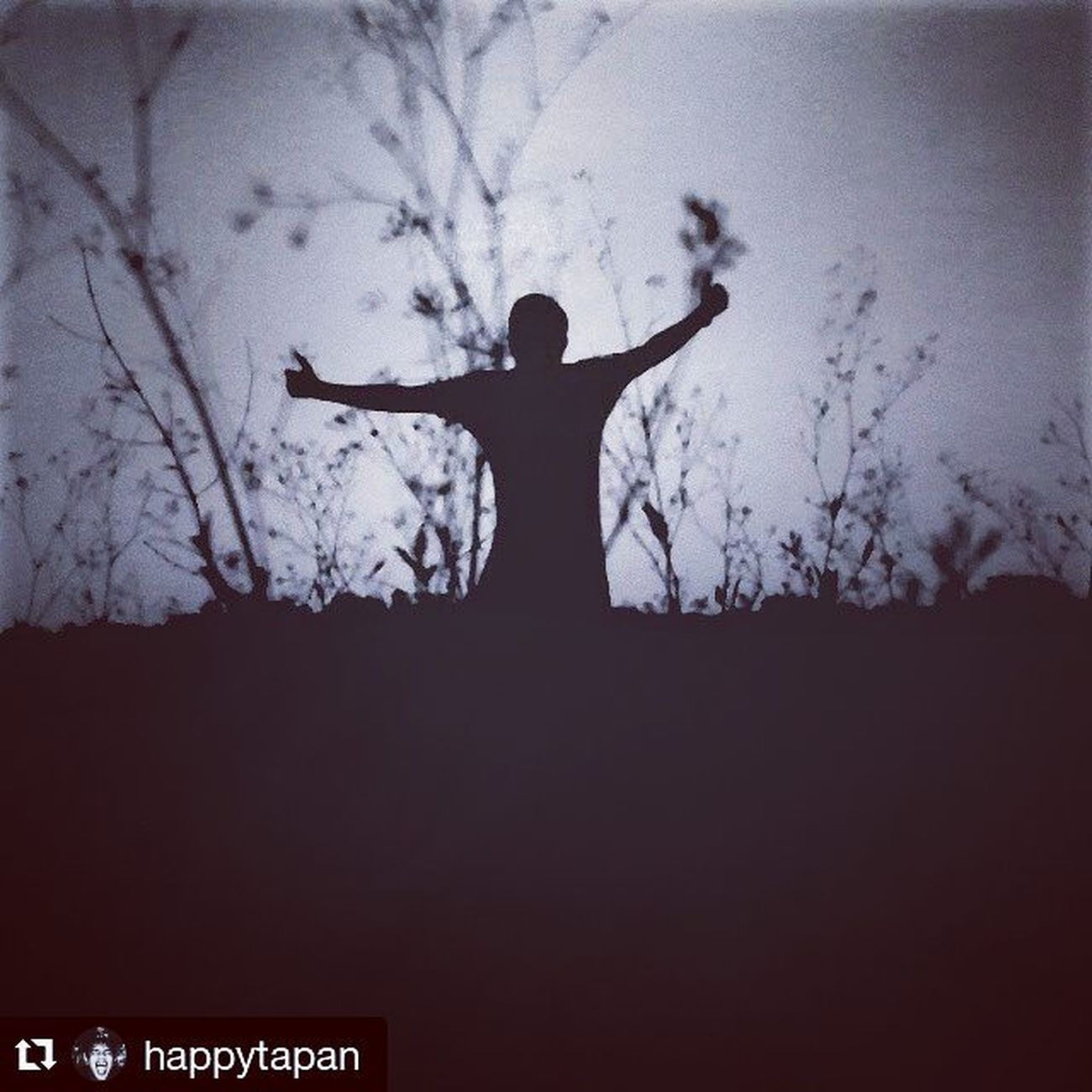 @happytapan ・・・ Bw Awezzy Thephotographers Heart Myself 3mpcamera