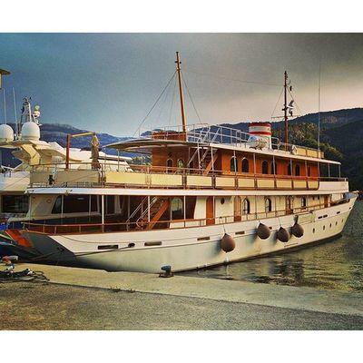 Kind of retro cruiser. 🚢 Portdesóller Mallorca Baleares SPAIN