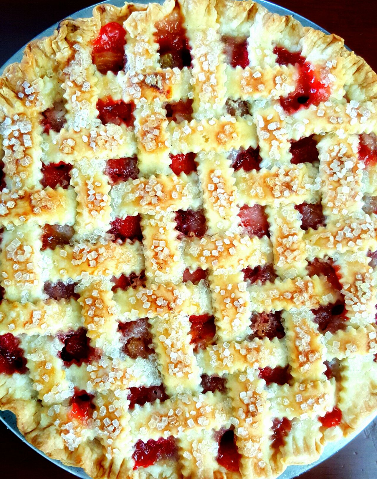 ❤Home made strawberry rhubarb pie ❤ Strawberry Rhubarb Food And Drink Indoors  Food Close-up Indulgence Freshness Ready-to-eat Homemade Temptation Meal Snack Appetizer Extreme Close-up Dessert Culture Circle Pie