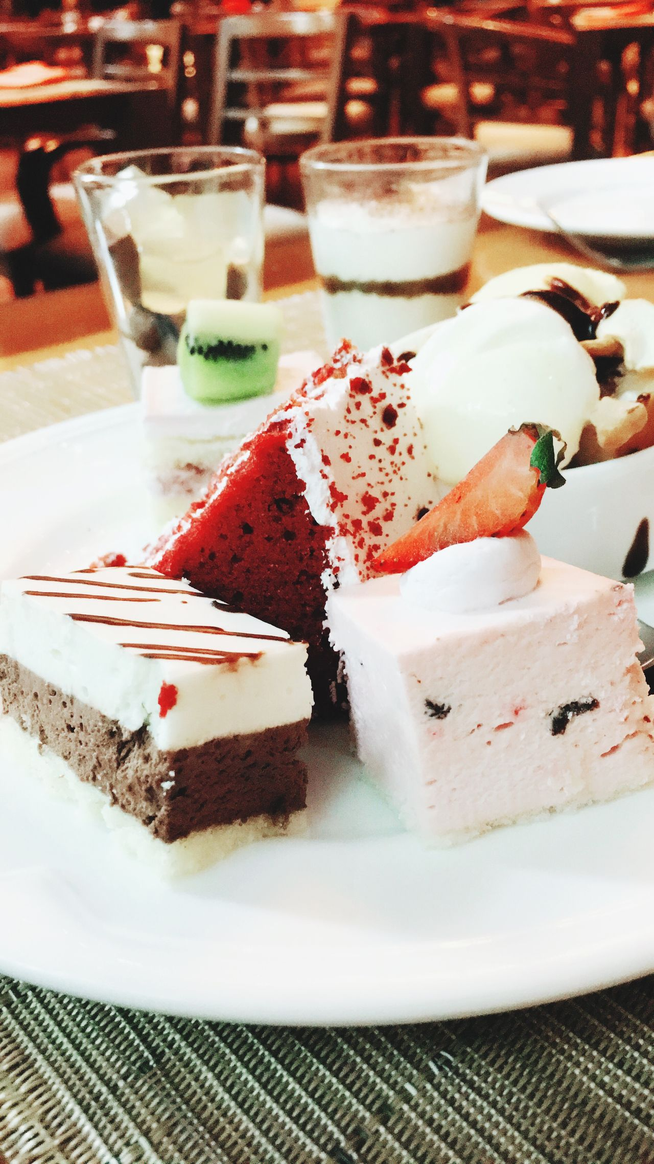 Desserts Dessert Indulgence Sweet Food Temptation Ready-to-eat Food And Drink Freshness Food Close-up Table Serving Size Still Life Unhealthy Eating Dessert Topping Slice Of Cake First Eyeem Photo