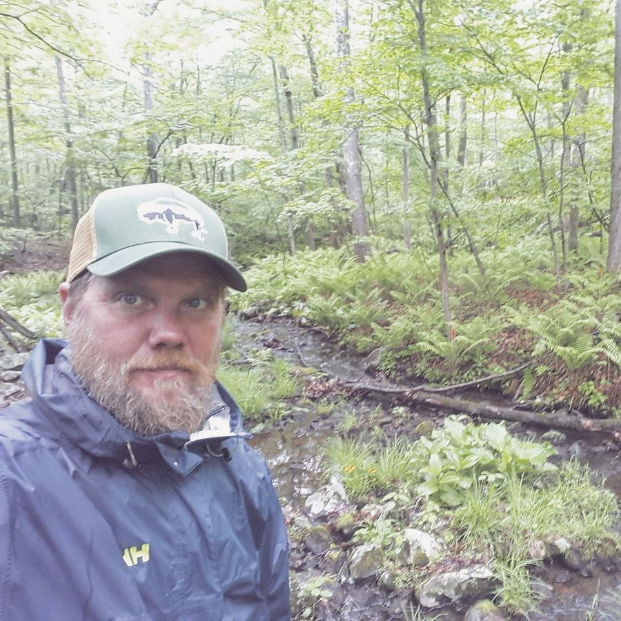 Rainy Tuesday morning. Hope you have a nice day☺🌲 Portrait Looking At Camera One Person Day Real People Mature Adult Outdoors Headwear Tree Only Men One Man Only Adults Only Adult People Forest Peace And Quiet Forestry Ferns Landscape Self Portrait Selfie ✌