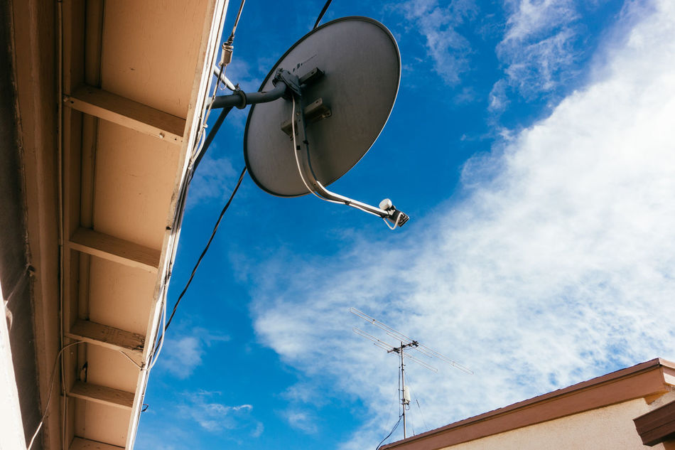 Analog And Digital Antenna Channel Digital New Technology Old And New Old Technology Meets New Technology Satellite Satellite Dish Signal Techno Technology Tv