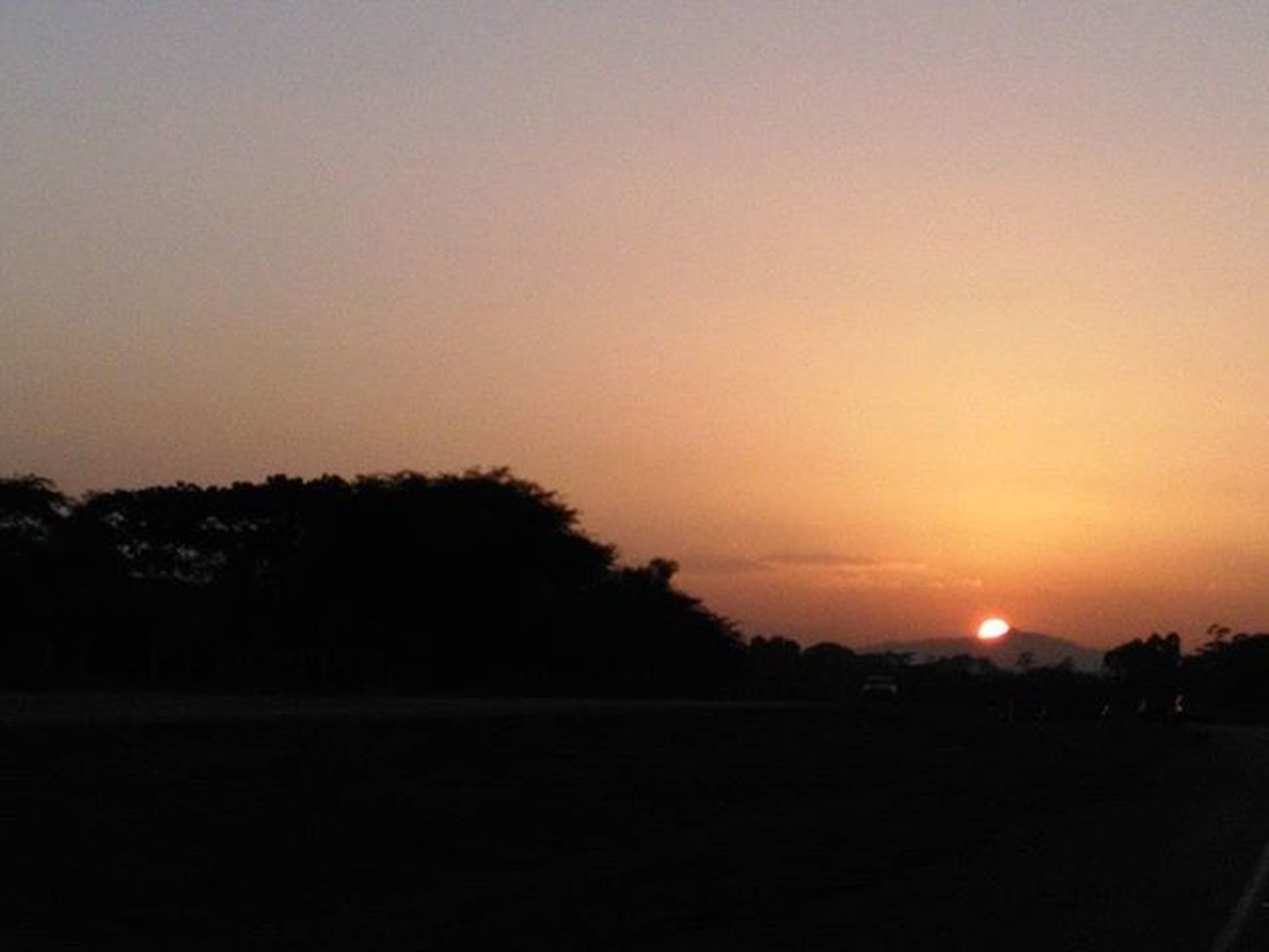 Se apaga el día y yo sigo pensándote... Sunset Venezuela Higue Micorazonenunamaleta MonCouerDansUneValise Photographer Amateur PhotoYoshy