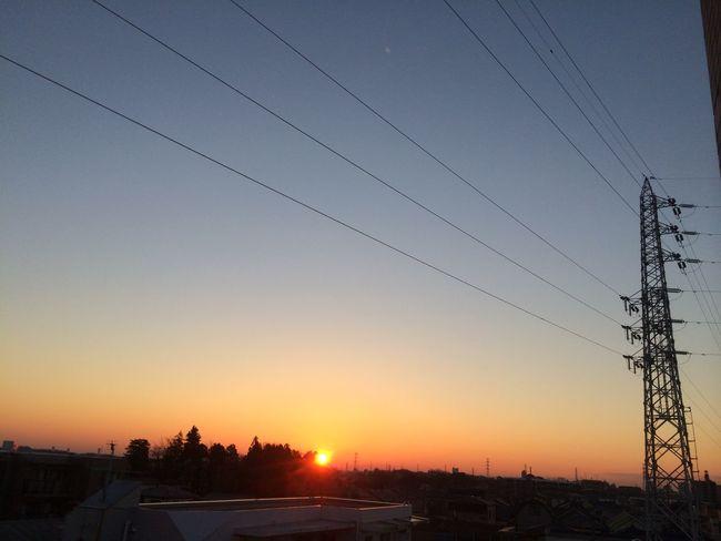 そして、日の出 空 鉄塔